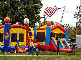 Bounce House ate Garfield Park